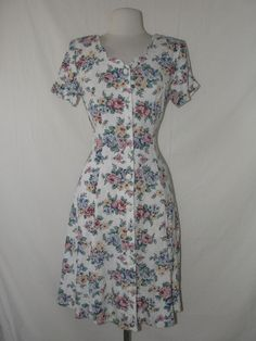 $14  Vintage 80's floral summer short dress WHOLESALE  www.wholesalevintageclothing.net