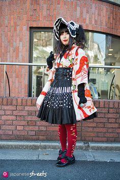 130127-3786: Japanese street fashion in Harajuku, Tokyo.