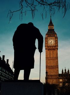 16 The Statue of Winston Churchill, Parliament Square, London. Silhouetted against the early evening sky and the Big Ben with the House of Parliament. England And Scotland, England Uk, London England, Big Ben Clock, Day Trips From London, London Brands, Swinging London, London Landmarks, Kingdom Of Great Britain