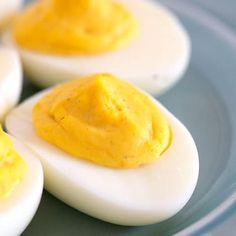 The Best Classic Deviled Eggs Recipe - This easy deviled egg recipe only calls for 5 ingredients and makes the best deviled eggs ever! Pork Chops And Potatoes, Cheesy Mashed Potatoes, Best Deviled Eggs, Deviled Eggs Recipe, Bruschetta, Egg Recipes, Cooking Recipes, Free Recipes, Buttermilk Banana Bread