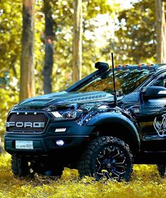 This car is my dream whip. Ranger Truck, Ford Ranger Raptor, Ford Raptor, Suv Cars, Sport Cars, Cool Trucks, Cool Cars, Ford Ranger Modified, Ford Endeavour
