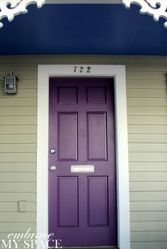 ideas house paint exterior purple front porches for 2020 Purple Front Doors, Purple Door, Painted Front Doors, Front Door Colors, House Paint Exterior, Exterior House Colors, Kitchen With High Ceilings, Door Design, House Design