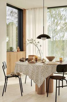 """H&M Woonmeubilair en -decoratie lente 2021 Nieuwe collectie """"A true place of life"""" - PLANETE DECO a homes world"""