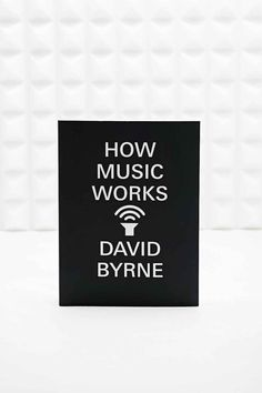 """""""How Music Works"""" Buch http://www.urbanoutfitters.com/de/catalog/productdetail.jsp?id=5620415735502&parentid=SEARCH+RESULTS#/"""