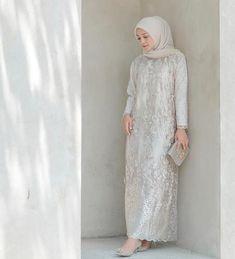Image may contain: 1 person, standing Dress Brokat Muslim, Dress Brokat Modern, Kebaya Modern Dress, Kebaya Dress, Dress Pesta, Muslim Dress, Kebaya Muslim, Kebaya Brokat, Hijab Dress Party