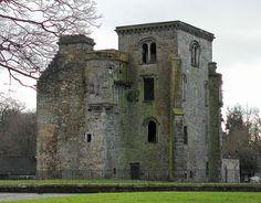 GLASGOW Johnstone castle, Johnstone, Glasgow suburbs