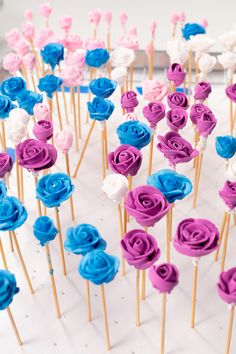 How to Make Pretty Royal Icing Toothpick Roses | The Bearfoot Baker