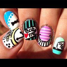 Alice in Wonderland nail art!!!!!!!: