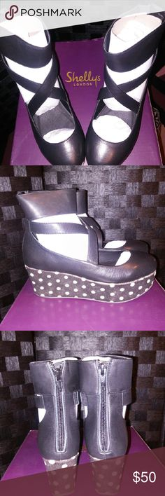 Shelly's London Leather Platform Heel's These Shelly's of London have a leather upper, with a 2.75 inch wedge. The man made outer sole will give lots of traction and wear. Shelly's London Shoes Platforms