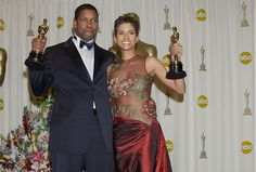 Denzel Washington and Halle Berry took home Oscars for lead acting roles in the same year (Training Day and Monster's Ball) Academy Award Winners, Oscar Winners, Academy Awards, Best Actress, Best Actor, Meat Dress, Mtv Video Music Award, Denzel Washington, Halle Berry