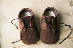 BLACK or BROWN corduroy baby boy shoes, newborn oxford shoes, soft sole booties,. ◅