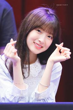 Oh My Girl Yooa, Arin Oh My Girl, Kpop Girl Groups, Korean Girl Groups, Kpop Girls, All Star, Kpop Girl Bands, Girls Twitter, Famous Girls