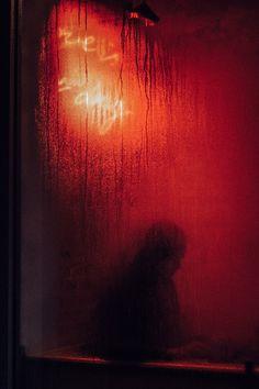 Red Aesthetic Grunge, Orange Aesthetic, Aesthetic Colors, Aesthetic Gif, Aesthetic Vintage, Aesthetic Pictures, Aesthetic Wallpapers, Aesthetic Dark, Red Photography