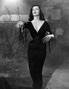 Maila Nurmi as one of Plan 9's zombie dead, resurrected by aliens bent on conquering Earth