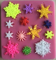 Silicone Mould for making mini Christmas snowflakes - Perfect for fondant icing, chocolate, jelly, ice etc