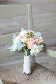 Wedding Row Grand Strand | Real Myrtle Beach Weddings | Bouquet | Peach Bouquet