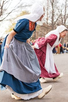 At the annual Tulip Time Festival in Holland, Michigan, ladies dressed head to toe in Dutch costume, complete with lace caps, aprons, and wooden clogs, turn out to demonstrate traditional dances. Visitors may purchase their own shoes at the DeKlomp Wooden Shoe & Delft Factory, on Quincy Avenue.
