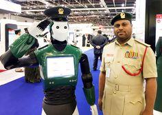 Reem, il primo robot poliziotto