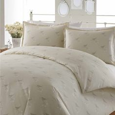 Laura Ashley Nightingale Cotton Duvet Cover Set - Overstock™ Shopping - Great Deals on Laura Ashley Duvet Covers Full Duvet Cover, Duvet Cover Sets, Laura Ashley Duvet Covers, Pottery Barn, Ikea, Window Bed, Window Seats, Shabby Chic, The New Classic