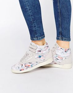 Reebok+Geo+Graphic+Print+High+Top+Trainers