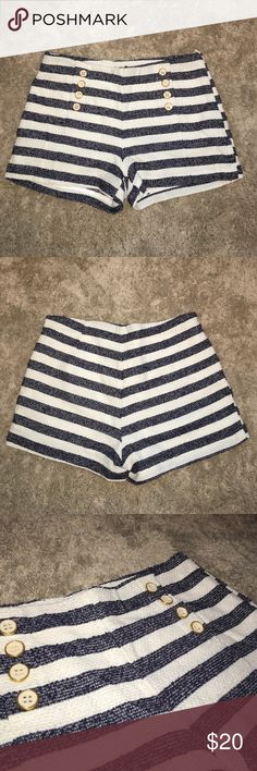 Button Front Sailor Shorts Super cute sailor shorts with gold and cream button detail. Hidden size zipper. US small. New. Never worn. Forever 21 Shorts