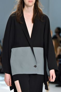 Hussein Chalayan at Paris Spring 2015 (Details)