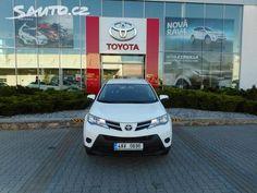 Toyota Rav4 4X4, V PLNÉ ZÁRUCE OD VÝROBCE - Sauto.cz