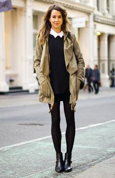 Street Chic: New York Eloise Jacobs wears a Topshop coat, Zara sweater, vintage skirt, Reformation boots, and Marc by Marc Jacobs bag. Want to see more street style? Check out the la Looks Street Style, Looks Style, Fashion Moda, Look Fashion, French Fashion, Fashion Women, Fashion Shoes, Khaki Jacket, Khaki Parka