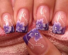 uñas flores lilas con one stroke - one stroke purple flowers nails Purple French Manicure, French Tip Nails, French Tips, Purple Nail Art, Fancy Nails, Trendy Nails, Beautiful Nail Art, Gorgeous Nails, Uñas One Stroke