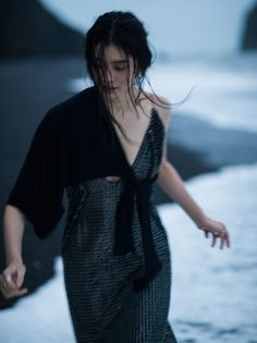 ming-xi-by-gilles-bensimon-for-vogue-china-january-2016-9.jpg 1 536×2 053 pikseli