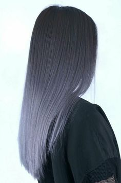 Graues Ombre-Haar - inspirierte Schönheit - Graues Ombre-Haar Informationen zu Grey Ombre Hair – Inspired Beauty Pin Sie können mein Profil g - Cute Hair Colors, Hair Dye Colors, Ombre Hair Color, Cool Hair Color, Dyed Hair Ombre, Pastel Hair Colour, Cool Hair Dyed, Grey Dyed Hair, Pastel Grey