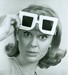 Oliver Goldsmith Sunglasses, Nbc Tv, Vintage Television, Ray Ban Sunglasses Outlet, Vintage Soul, Antique Clothing, Eyewear, Sunnies, Vintage Sportswear