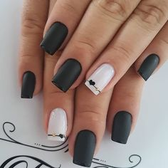 58 Cute And Elegant Acrylic Black Nails Design Ideas For Short Nails Black Nails Short, Cute Black Nails, Pretty Nails, Square Nail Designs, Black Nail Designs, Matte Nails, Pink Nails, Gell Nails, Long Gel Nails