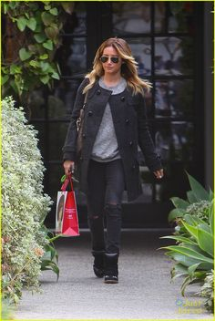 Sometimes, Ashley Tisdale Has A Southern Accent | ashley tisdale andy lecompte stop 14 - Photo