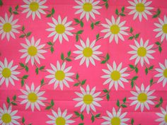 Vintage Fabric Remnant Bright PInk Cotton Retro 1960 Flowers Daisies print
