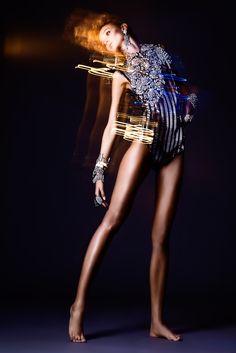 ILLUMINANT BODY | Yulia Gorbachenko #photography #mixed_media #light_art