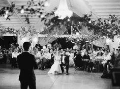 Photography: http://michelleboydphotography.com | Event planning + design: http://westcottweddings.com | Venue: http://thewinfieldinn.com | Read More: https://www.stylemepretty.com/2016/07/29/lush-garden-wedding-in-kyle-texas/
