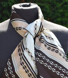d755102c5c3a4 Retro Necktie Retro Hair Accessory 1980s Design by LEONARDI Brown Beige  Cream Linked Chains