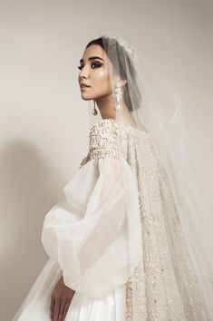 Saadi Atelier wedding dress by Asal Djuraeva Photography - Braut, Brautkleider, Brautschuhe, Brauthaar, Braut Make-up Boho Wedding Dress Backless, Muslim Wedding Dresses, Perfect Wedding Dress, Dream Wedding Dresses, Bridal Dresses, Wedding Gowns, Princess Wedding, Wedding Bride, Gothic Wedding