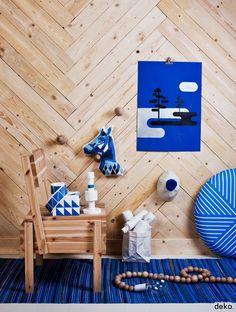 That BLUE! - That Wood!