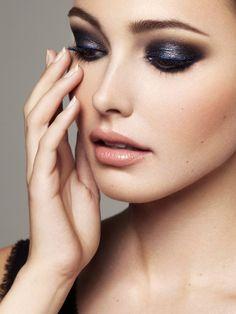 Judy Casey - Hair & Makeup - Rob Van Dorssen - Portfolio