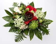 12 Flowers in Season for Your Winter Wedding: Seasonal Winter Wedding Flowers