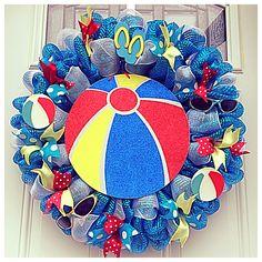 Beach ball, pool theme blue/red/yellow deco mesh wreath Bug Crafts, Wreath Crafts, Diy Wreath, Wreath Ideas, Easter Wreaths, Holiday Wreaths, Flip Flop Wreaths, Nautical Wreath, Deco Mesh Wreaths