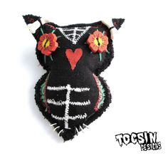 Sugar Skull Owl brooch  owl jewelry  day of the by TocsinDesigns, $14.99 #owl #dayofthedead #halloweenartistbazaar