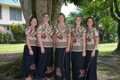 palagi wearing Samoan Puletasi