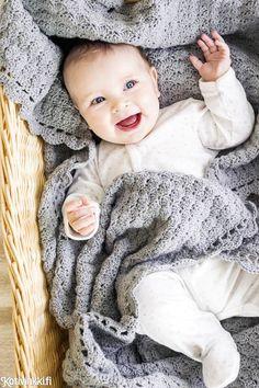 Virkattu peitto vauvalle – ihana lahjaidea! | Kotivinkki