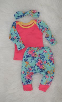 Hey, I found this really awesome Etsy listing at https://www.etsy.com/ca/listing/237767860/baby-girl-outfit-newborn-girl-clothes