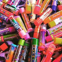 """Use lip smackers or any fragrant lip balm to give kids a """"smelly"""" on their hand (a dab of the lip balm) for good behavior. I Love 2 Teach: classroom management Coca Cola, Justgirlythings, Positive Behavior, Positive Reinforcement, All I Ever Wanted, Reasons To Smile, Classroom Management, Behavior Management, Class Management"""