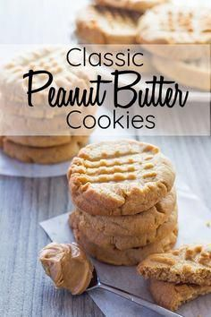 cookie recipes This Classic Peanut Butter Cookie recipe to die for - Soft, crisp texture, crave-worthy flavor amp; that iconic crisscross pattern. via Errens Kitchen Classic Peanut Butter Cookie Recipe, Classic Peanut Butter Cookies, Chocolate Cookie Recipes, Easy Cookie Recipes, Cookie Butter, Peanutbutter Cookies Easy, Recipe For Peanut Butter Cookies, Chocolate Chips, Simple Cookie Recipe