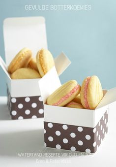 Filled butter biscuits on We Heart It Biscuit Bar, Biscuit Recipe, Cookie Recipes, Snack Recipes, Dessert Recipes, Sandwich Cookies, Cake Cookies, Cake Pops, Macarons